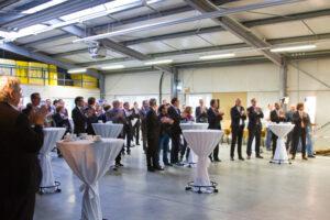 """Zahlreiche Unternehmer aus dem gesamten Kreisgebiet kamen zum """"viertelvoracht"""" im NEW-Standort Zingsheim. Bild: Tameer Gunnar Eden/Eifeler Presse Agentur/epa"""